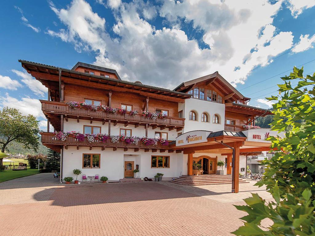 Alpines Gourmet Hotel Montanara, city – Logis-Partner Stoneman Taurista MTB